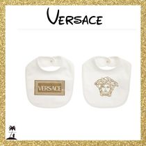 ★Versace★ギフトにも♡Ivory & Gold Bibs (2 Pack)