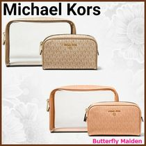 :: Michael Kors :: ジム・旅行・日常使いに 2-in-1 pouch