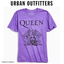 Urban Outfitters(アーバンアウトフィッターズ) Tシャツ・カットソー 【Urban Outfitters ×Queen  】人気コラボ Tシャツ