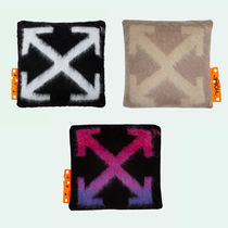 Off-White(オフホワイト) クッション・クッションカバー Off-White オフホワイト★Arrows Small Pillow★クッション小