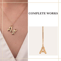 """Completedworks """"Classicworks"""" 14K イニシャル ネックレス"""