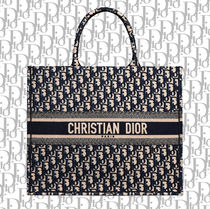 【DIOR】(大人気)BOOK TOTE ブックトート【送料込み】