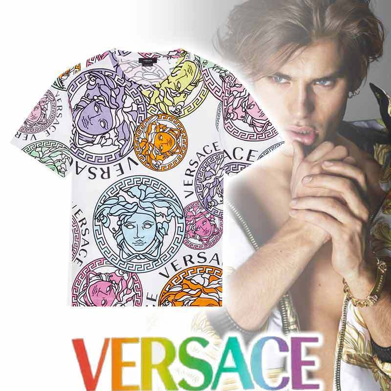【VERSACE】MEDUSA AMPLIFIED プリント T シャツ (VERSACE/Tシャツ・カットソー) A76113-1F00404_5W000
