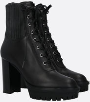 GIianvito Rossi●MARTIS SMOOTH LEATHER LACE-UP BOOTIES