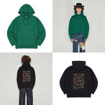 ANDERSSON BELL(アンダースンベル) パーカー・フーディ [ANDERSSON BELL]UNISEX RAINBOW EMBROIDERY HOODIE atb655u◆