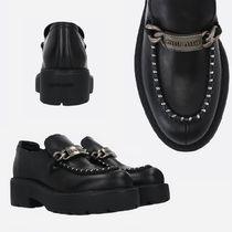 MIU MIU  LOGO PLATE-DETAILED SMOOTH LEATHER LOAFERS