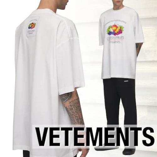 21AW VETEMENTSヴェトモン CUTEST OF THE FRUITSロゴ半袖Tシャツ (VETEMENTS/Tシャツ・カットソー) 70542910