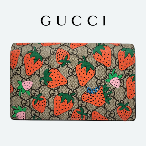 【GUCCI】 Strawberry Print GG Supreme Wallet on a Chain (GUCCI/ショルダーバッグ・ポシェット) 441685 X3A80