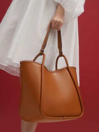 Charles&Keith トートバッグ 【シンガポール】☆CHARLES&KEITH☆ポーチ付 大容量トートバッグ(4)