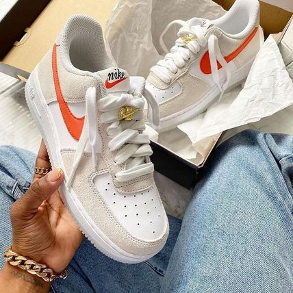 Nike スニーカー Nike WMNS AIR FORCE 1 '07 SE FIRST USE ファースト ユーズ