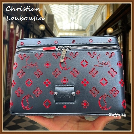 21SS【ルブタン】Kypipouch ポーチバッグ レザー ストラップ付き (Christian Louboutin/バッグ・カバンその他) 3215026B530