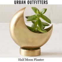 ★Urban Outfitters★ハーフムーンプランター