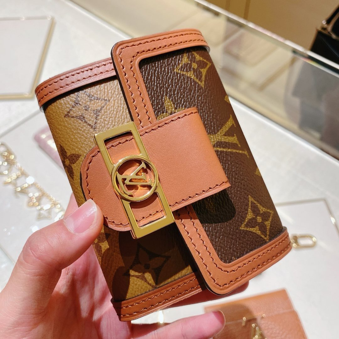 #LOUIS VUITTON直営店買付#DAUPHINE コンパクト財布 (Louis Vuitton/折りたたみ財布) 71684582