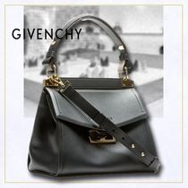 GIVENCHY  Small Mystic バッグ ソフトブラックレザー