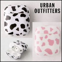 Urban Outfitters☆ モーモー牛柄♪ AirPods エアーポッズケース
