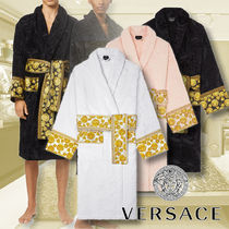 【VERSACE】MEDUSA AMPLIFIED プリント コットンバスローブ