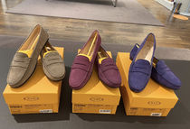 TOD`S(トッズ)直営アウトレット人気のヌバックレザーローファー