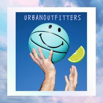 Urban Outfitters(アーバンアウトフィッターズ) その他 海外限定☆ Urban Outfitters☆ スマイリー バスケットボール