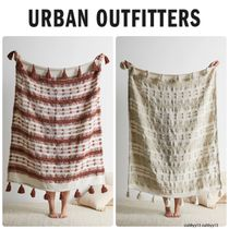 Urban Outfitters ペネロペ織りスローブランケット 2色