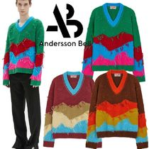 ★ANDERSSON BELL★UNISEX MOUNTAIN INTARSIA V-NECK SWEATER