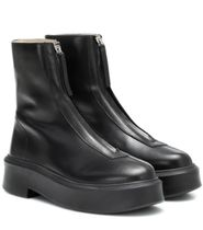The Row Zipped 1 Leather Ankle Boots 前ジッパーブーツ Black