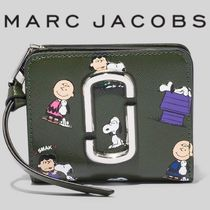 PEANUTS X MARC JACOBS THE SNAPSHOT MINI COMPACT WALLET 新作