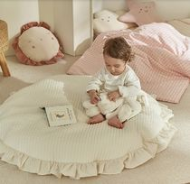 DECO VIEW(デコヴュー) プレイマット・ベビーマット 【DECO VIEW】Pure Quilted Ruffle Large Cushion Round Rug